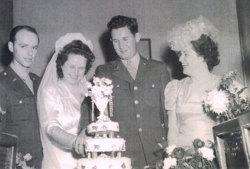 Jean Young and Joe Majors Cut the Cake at their Wedding
